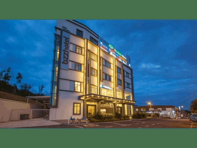 EXTERIOR_BUILDING Bzz Hotel Skudai