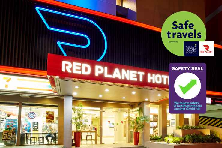 EXTERIOR_BUILDING Red Planet Quezon Timog