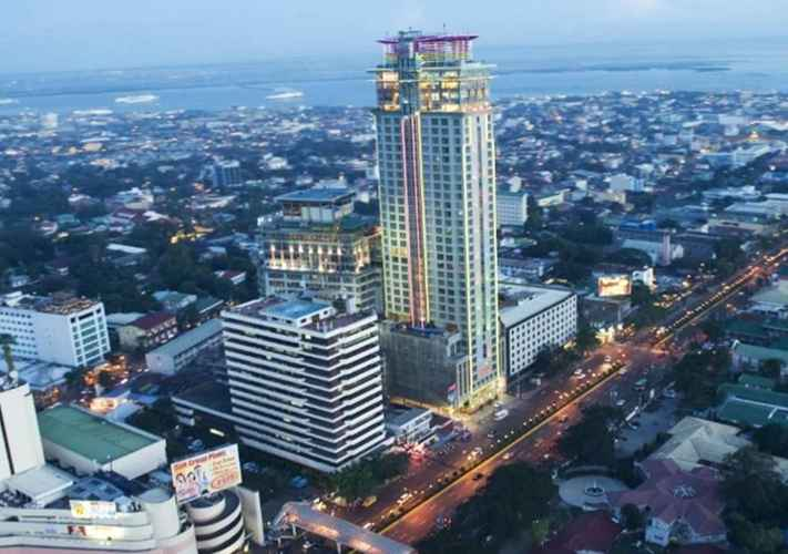 EXTERIOR_BUILDING Crown Regency Hotel and Towers
