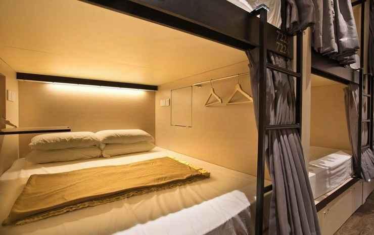 7 Wonders Capsule Hostel @ Jalan Besar Singapore - Queen Capsule in Mixed Room - Nonrefundable