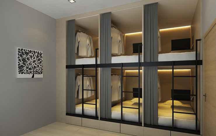7 Wonders Capsule Hostel @ Jalan Besar Singapore - Family Studio for 10 persons - Red Sea Room - Nonrefundable