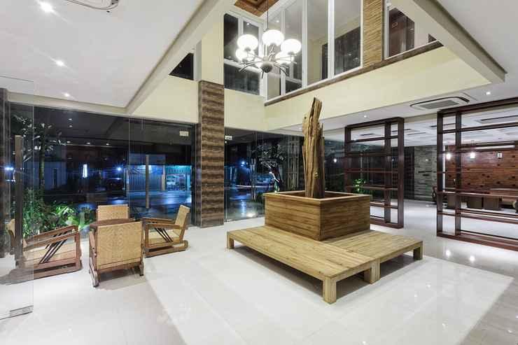 LOBBY Hotel Adilla Syariah Ambarukmo