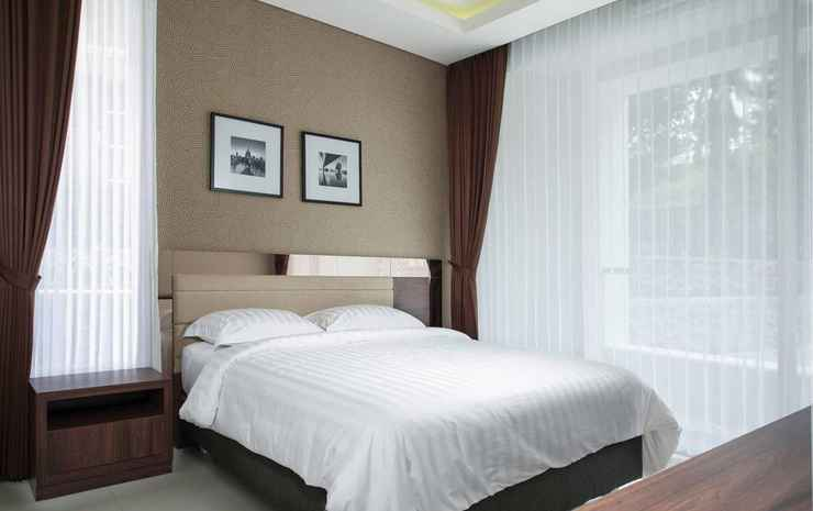Azcarya Villa Type Adjar Malang - Four Bedrooms Villa