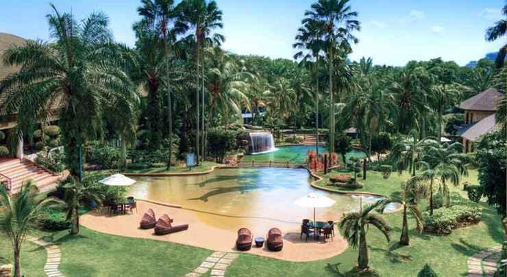 SWIMMING_POOL Cyberview Resort & Spa