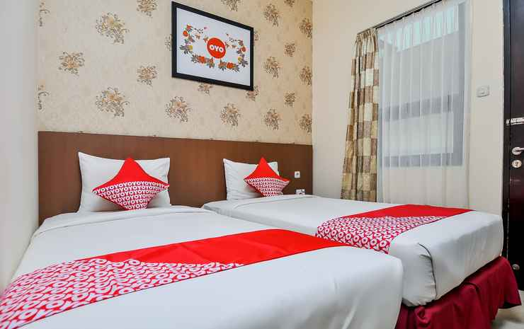 OYO 897 d'Dhave Hotel Padang - Standard Twin