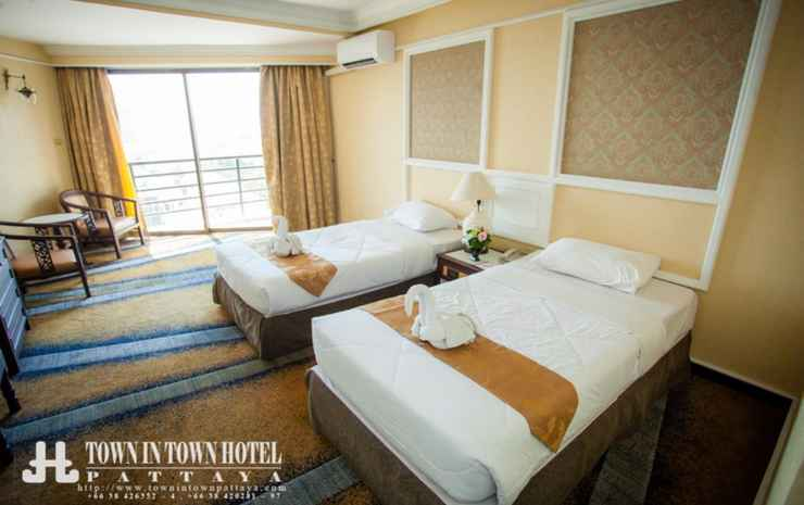 First Pacific Hotel and Convention Chonburi - Deluxe Twin Room