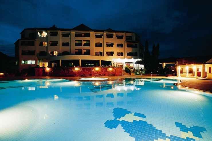SWIMMING_POOL Sir James Resort