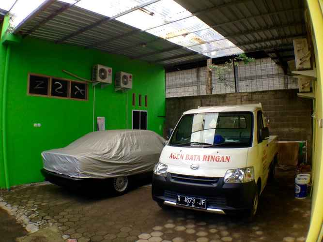 HOTEL_SERVICES D'Albiso Residence (Hijau)