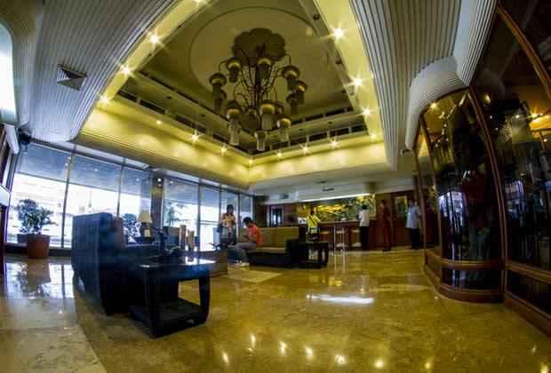 LOBBY Copacabana Apartment Hotel