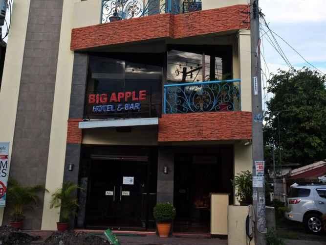 EXTERIOR_BUILDING Big Apple Hotel & Bar