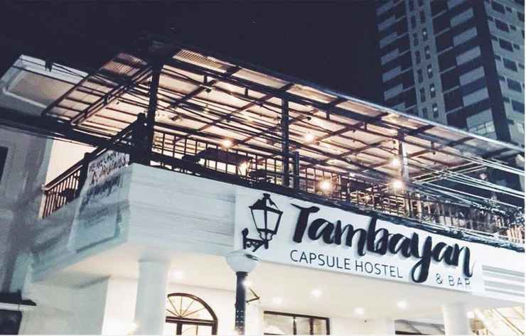 BAR_CAFE_LOUNGE Tambayan Capsule Hostel & Bar