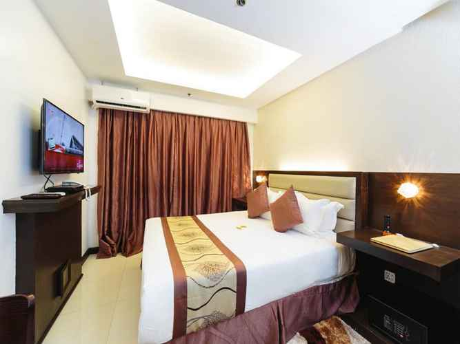 BEDROOM Regency Grand Suites