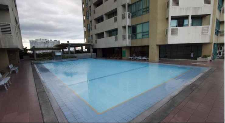 SWIMMING_POOL MCH Suites at Robinsons Place Residences