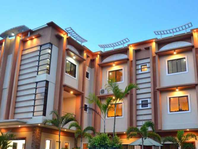 EXTERIOR_BUILDING Casanas Suites
