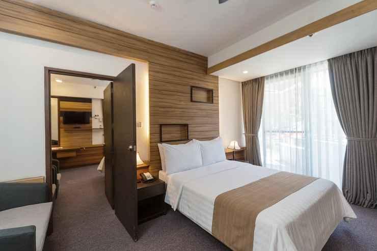BEDROOM Grand Sierra Pines Hotel