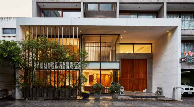 EXTERIOR_BUILDING LUXX XL Langsuan Hotel