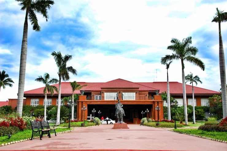 EXTERIOR_BUILDING Fort Ilocandia Resort Hotel