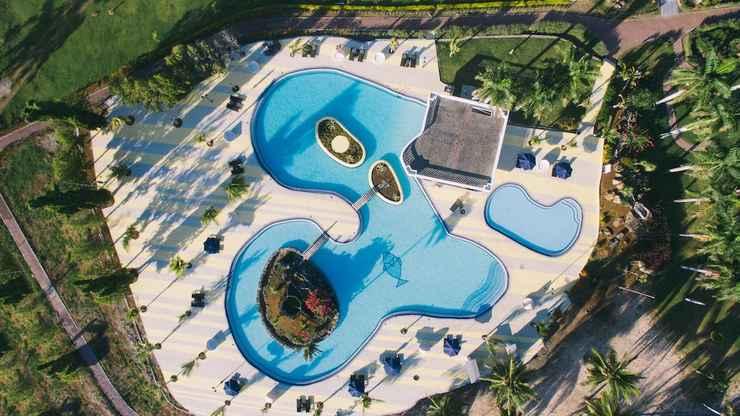 SWIMMING_POOL Paradise Hotel Golf & Resort