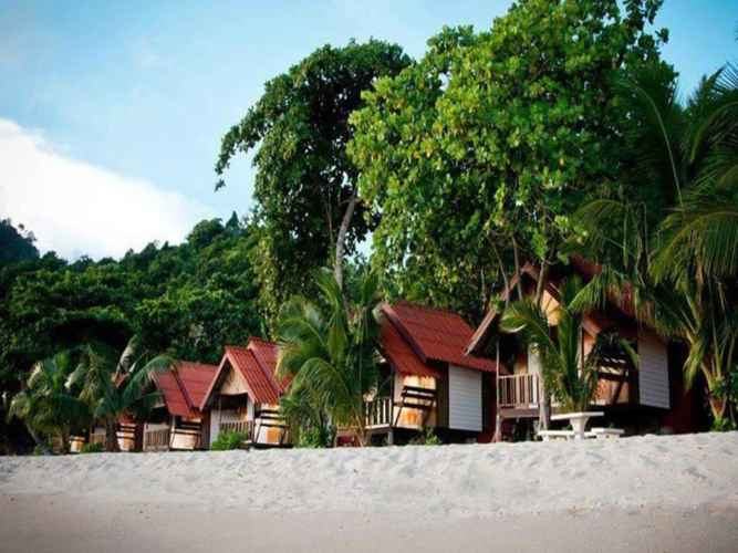 EXTERIOR_BUILDING White Sand Beach Resort