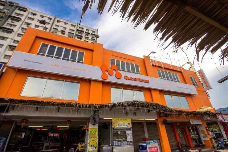 EXTERIOR_BUILDING M Qube Hotel