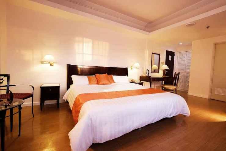 BEDROOM Harbor Town Hotel