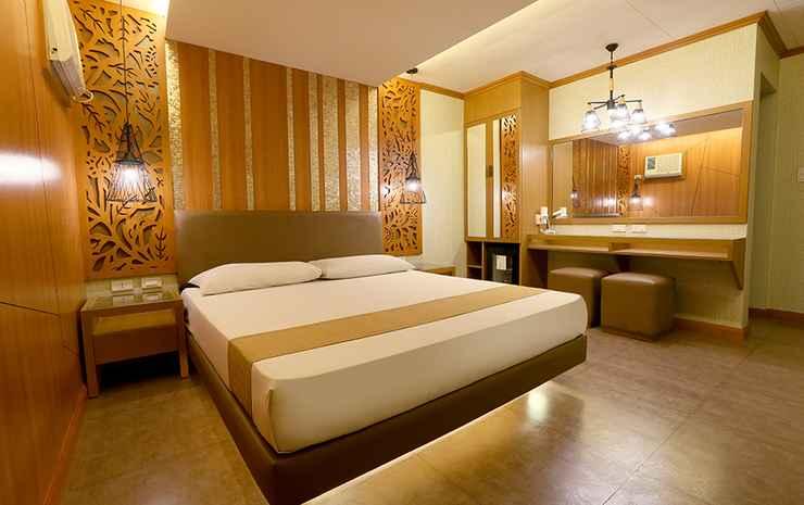 Victoria Court Cuneta Manila