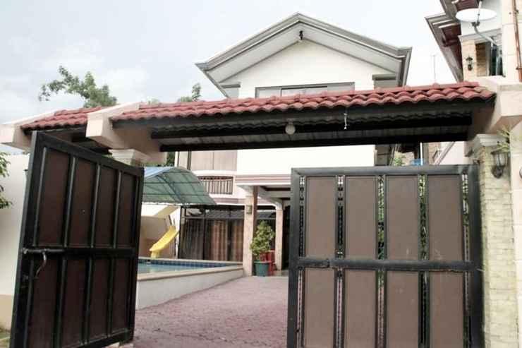 EXTERIOR_BUILDING Maximinas Pension Private Pool 1 Pansol