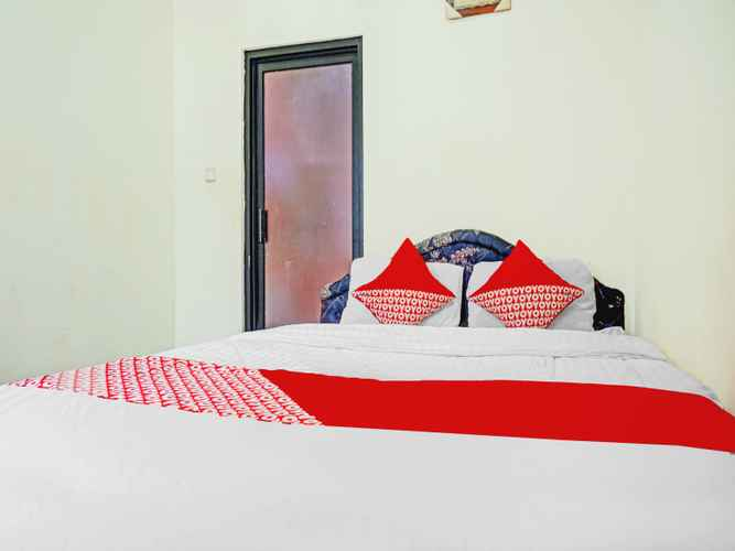 BEDROOM OYO 90166 Marsya Prima Syariah Hotel