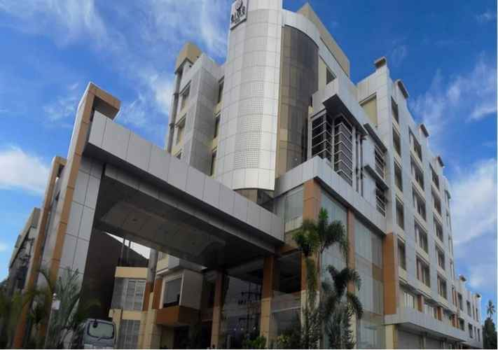 EXTERIOR_BUILDING Big 8 Corporate Hotel