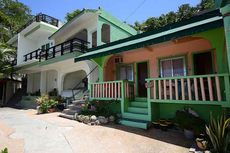 EXTERIOR_BUILDING Tina's Sunset Cottages Restaurant and Dive Center