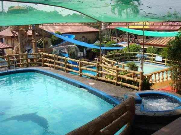 SWIMMING_POOL Sun rock Resort