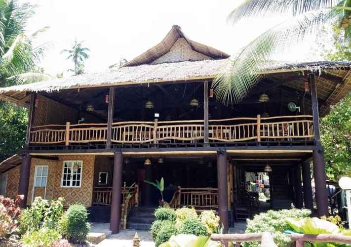 EXTERIOR_BUILDING Creekside Paradise Resort