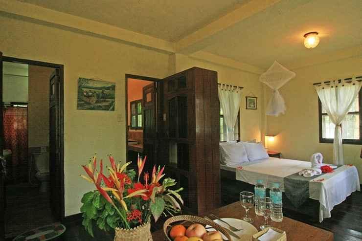 BEDROOM Makulay Lodge and Villas