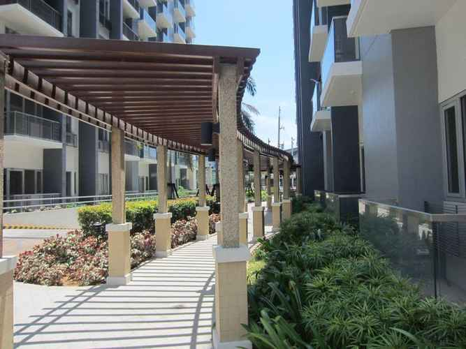 LOBBY Palm Tree - Genlex Condominium