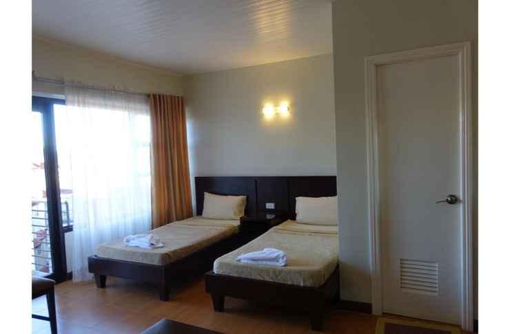 BEDROOM Gardenville Hotel