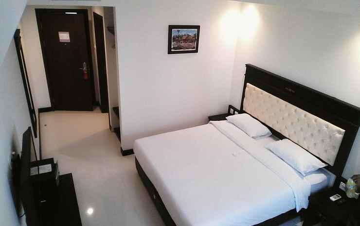 SAME Hotel Kendari Kendari - Deluxe King Bed