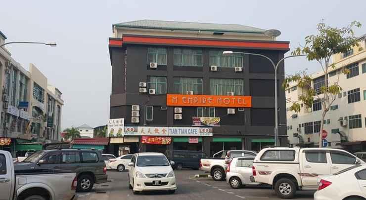 EXTERIOR_BUILDING M Empire Motel