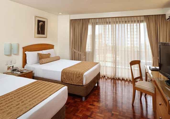 BEDROOM City Garden Suites Hotel