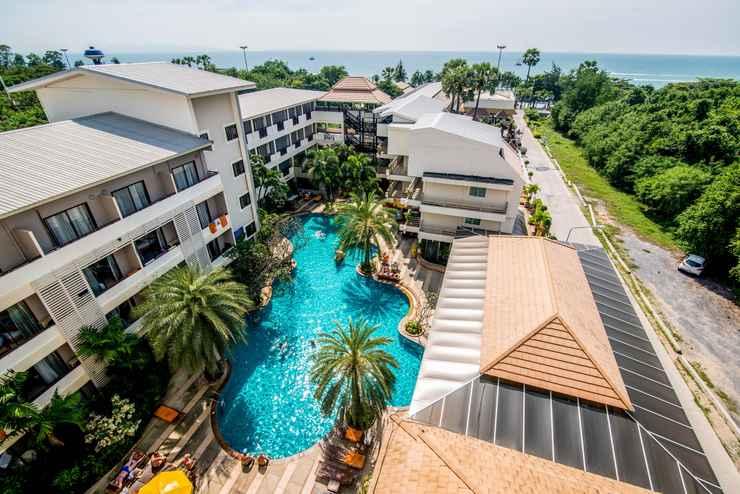 EXTERIOR_BUILDING Sea Breeze Jomtien Resort