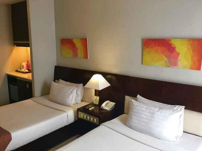 BEDROOM Millenia Suites