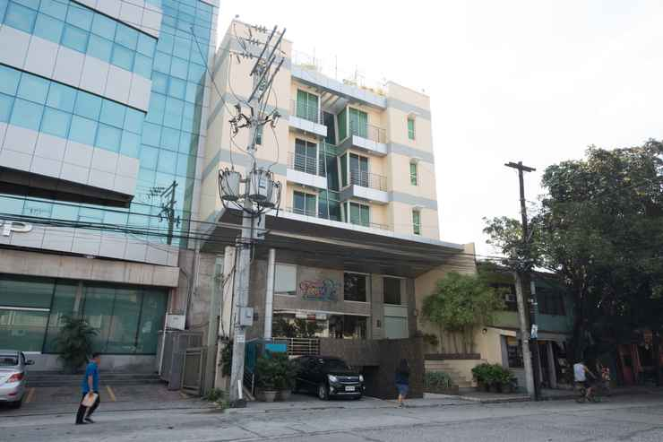 EXTERIOR_BUILDING OYO 456 Festive Hotel