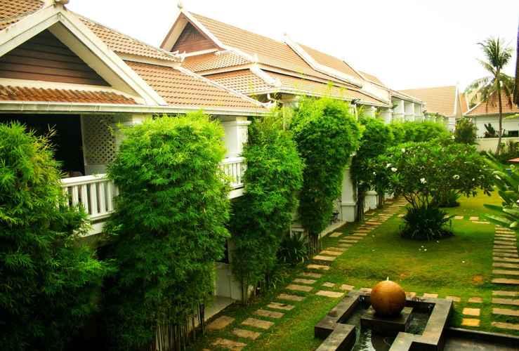 EXTERIOR_BUILDING Palm Grove Resort