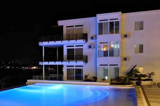 SWIMMING_POOL Cohiba Villas Hotel
