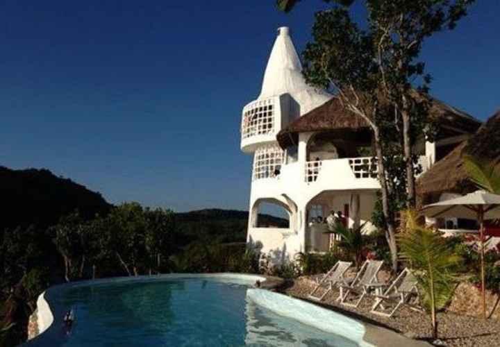 SWIMMING_POOL Al Faro Palawan Cosmio Hotel