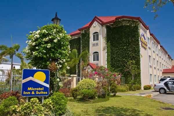 EXTERIOR_BUILDING Microtel by Wyndham - Sto. Tomas, Batangas