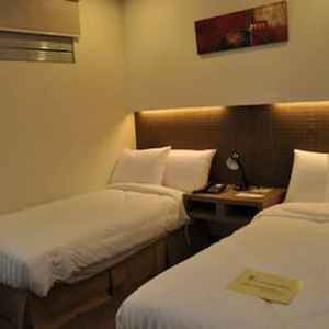 Magallanes Square Hotel Tagaytay