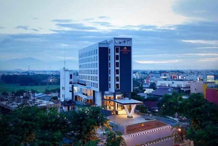 EXTERIOR_BUILDING Hotel Grandhika Setiabudi Medan