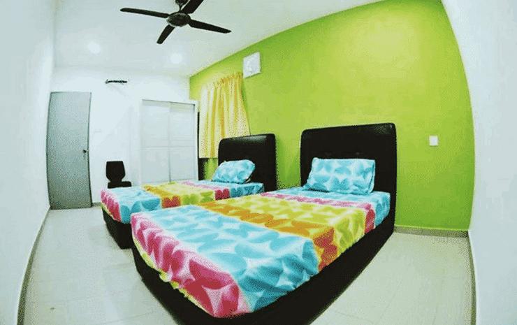 Greenpeace Guesthouse Johor - Twin Room - 2 Single Bed (Shared Bathroom)