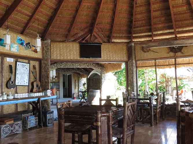 RESTAURANT Coral Bay Beach and Dive Resort