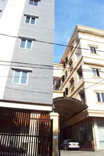 EXTERIOR_BUILDING Newton Residence